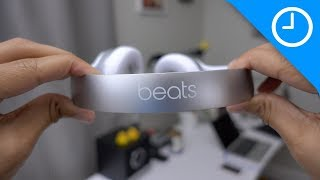 Download Beats Solo3 unboxing + hands-on with W1 chip pairing process Video