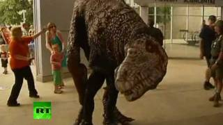 Download Dinosaurs in Australia: Fright at the Museum Video