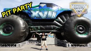 Download 2016 Monster Jam World Finals XVII Awesome Pit Party Video