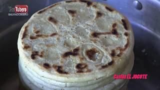 Download Comiendo Frijoles nuevos con Tortillas queso y crema al estilo Salvadoreño Video