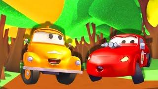 Download Tom o Caminhão de Reboque e Jerry o Carro de Corrida Vermelho na Cidade do Carro   Desenhos animados Video