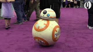 Download R2 Northwest members build ″Star Wars″ droids Video