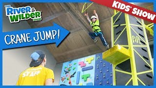 Download KIDS CLIMBING AND CRANE JUMP FAMILY FUN | YOUTUBE FOR KIDS Video
