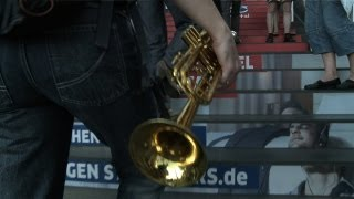 Download Flashmob Hauptbahnhof Berlin Frauenblasorchester Video