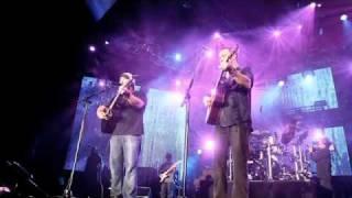 Download Zac Brown Band - Zac and Dave Matthews Video