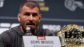 Download UFC 211: Post-fight Press Conference Video