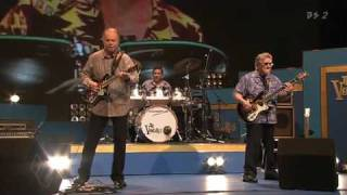 Download THE VENTURES 2009 - SPECIAL MEDLEY Video