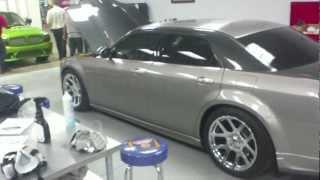 Download Chrysler 300 with V-10 viper motor Video
