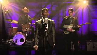 Download Leon Bridges :: Coming Home (Live, May 2015) Video