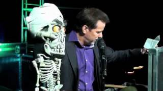 Download Holiday E-Card: Bloopers | JEFF DUNHAM Video