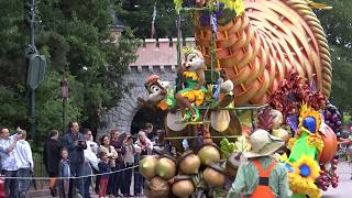 Download Mickey's Halloween Celebration at Disneyland Paris Halloween 2013 Video