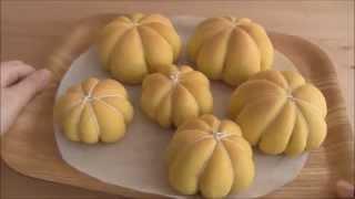 Download 本物ソックリ!? ほっくり甘~い「かぼちゃパン」  Pumpkin Bread Video
