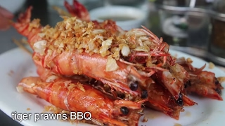 Download Rakhine SEAFOOD Feast in Yangon, Myanmar - Tiger Prawns BBQ and Delicious Crab! Video