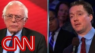 Download Sanders gets in argument with business owner Video