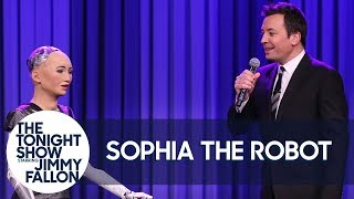 Download Sophia the Robot and Jimmy Sing a Duet of ″Say Something″ Video