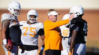 Download Clips from Vols football practice Video