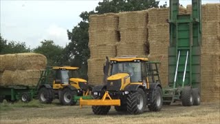 Download Two JCB Fastracs Chasing Bales, Heath Super Chaser Extra Video