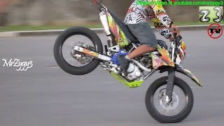 Download Freestyle Kawasaki D-Tracker Video