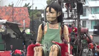 Download Day 1. The Giants. Little Girl Giant in Perth. Royal de Luxe. Perth, Australia Video