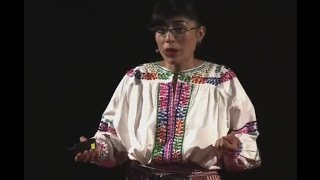 Download La familia Creativa | Gabriela Calvache | TEDxQuito Video