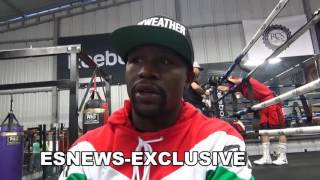 Download floyd mayweather watching mikey garcia sparring backs Canelo-in-GGG fight EsNews Boxing Video