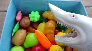 Download Learn Names of Fruits And Vegetables/ Puppet Shark Eating-Fun Learning for children Video
