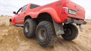Download Toyota Hilux ArcticTruck 6x6 Video