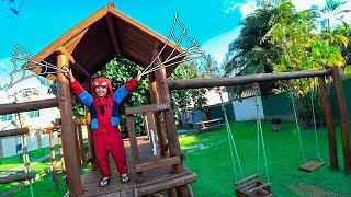 Download Toquinho HOMEM ARANHA Em Busca do Parquinho Infantil Secreto com Brinquedos - Paulinho e Toquinho Video