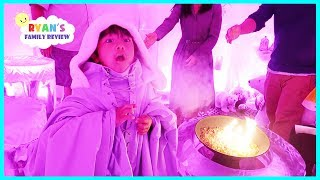 Download COLDEST RESTAURANT IN THE WORLD Made out of REAL ICE + Dinosaur Kids Train Ride Video