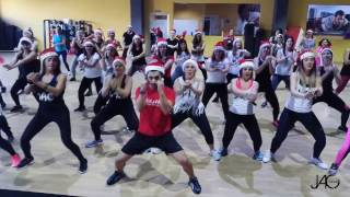 Download JAC Dance Vs. Daddy Yankee Ft. Play N Skillz - Fire House Video