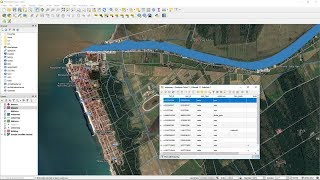 Download How to smart download OpenStreetMap spatial data with QGIS3 and QuickOSM Video