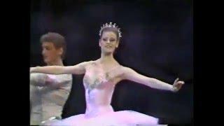 Download NUTCRACKER PAS DE DEUX (Balanchine) Video