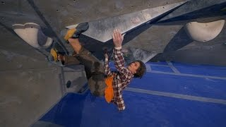 Download Emil Is Crushing/Showing His Favorite Bouldering Problems Video
