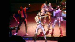 Download Earth, Wind & Fire Live ″ Let Your Feelings Show″ Video