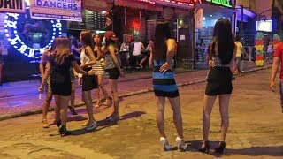 Download HOW TO GET A BAR GIRL TO PAY YOU - ANGELES CITY PHILIPPINES Video