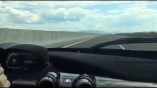 Download LaFerrari 359 km/h Video
