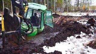 Download John Deere 1110D stuck in mud(in wet peat), saving with JCB JS160 excavator and Belarus 820 Video