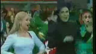 Download Wicked - Macy's Thanksgiving day Parade Video