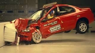 Download 2000 Dodge Neon moderate overlap IIHS crash test Video