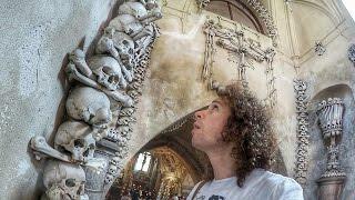 Download Una iglesia DE HUESOS HUMANOS! | República Checa Video