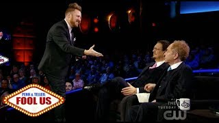 Download Penn & Teller Fool Us // John Michael Hinton ″completely blows away″ with a Rubiks Cube Video