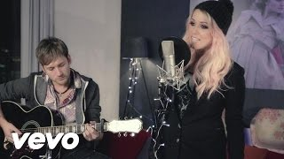 Download Amelia Lily - Rockin' Around the Christmas Tree (cover) Video