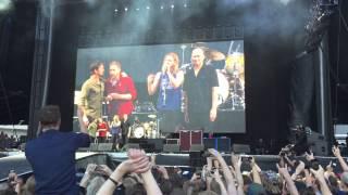 Download Dave Grohl - ″I think I just broke my leg″ Sweden 2015 Video