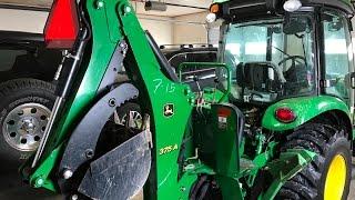 Download John Deere 375A Backhoe mounting Video