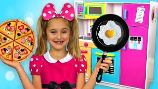 Download Sasha and Max plays with Kitchen Toys and opens Restaurant Video