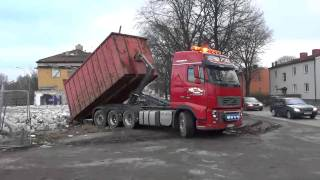 Download Volvo FH16 700 8x4 Hook Lift Video