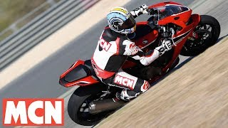 Download Bridgestone Battlax R11   Tyre Launch   Motorcyclenews Video