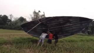 Download Thả diều 10m trong bão Video