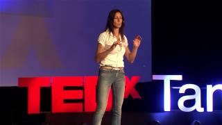 Download Inspirando a nuestro héroe dormido | Alejandra Ciapa | TEDxTandil Video