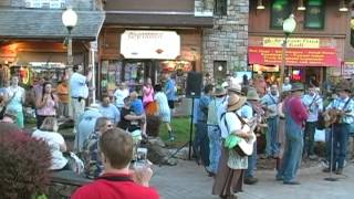Download Gatlinburg Smoky Mountain Tunes and Tales Flash Mob Video